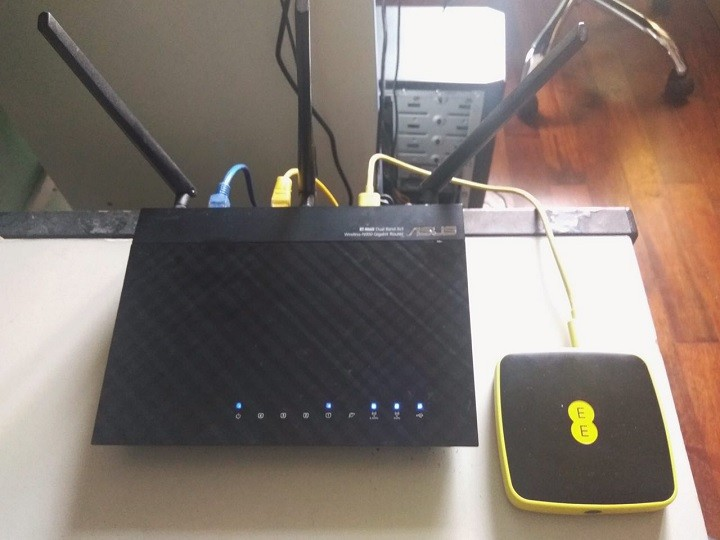 alcatel ee60 mifi router